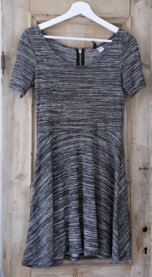 hm_dress_svart_medium