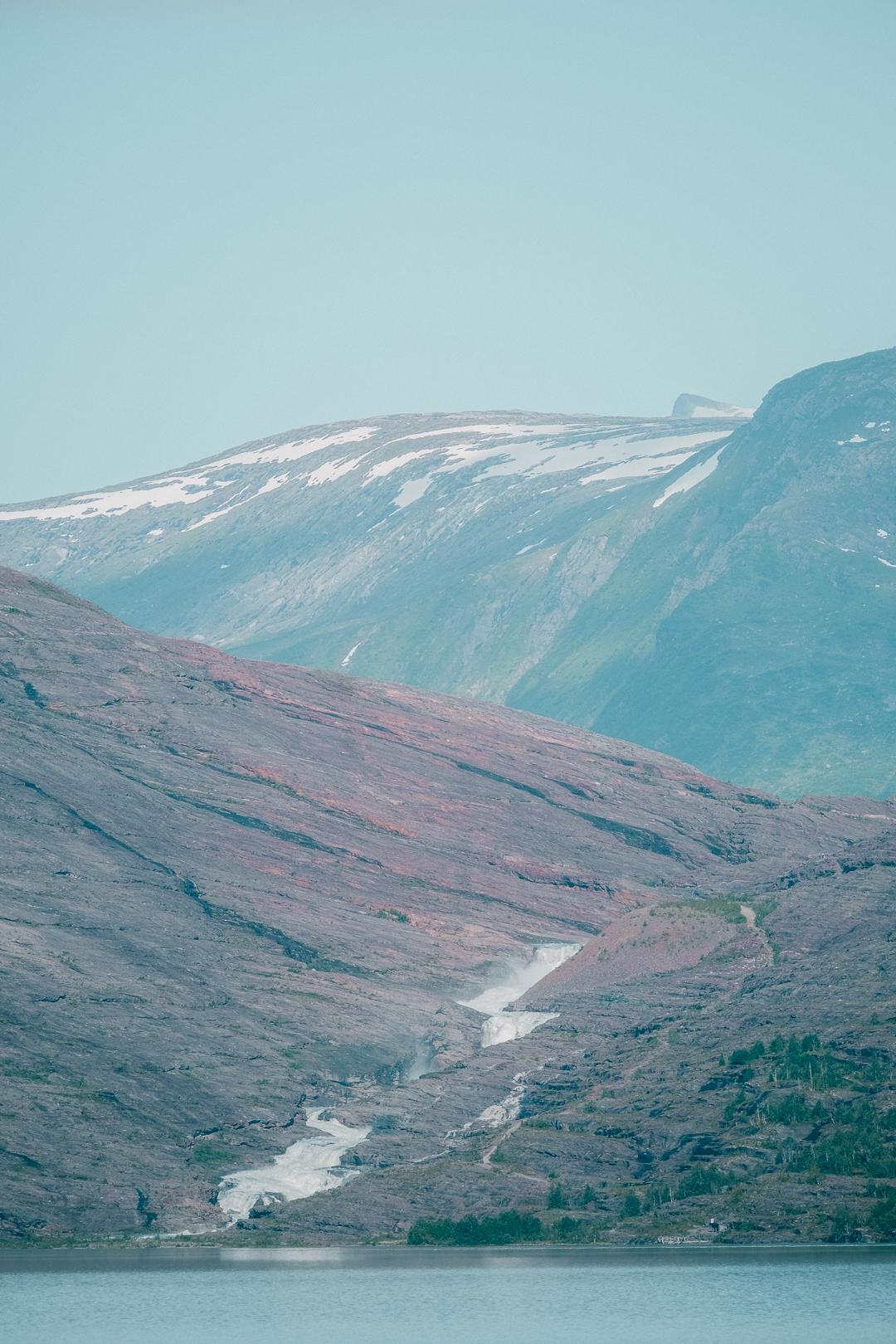 Svartisen glaciär vid Saltfjellet i Norge