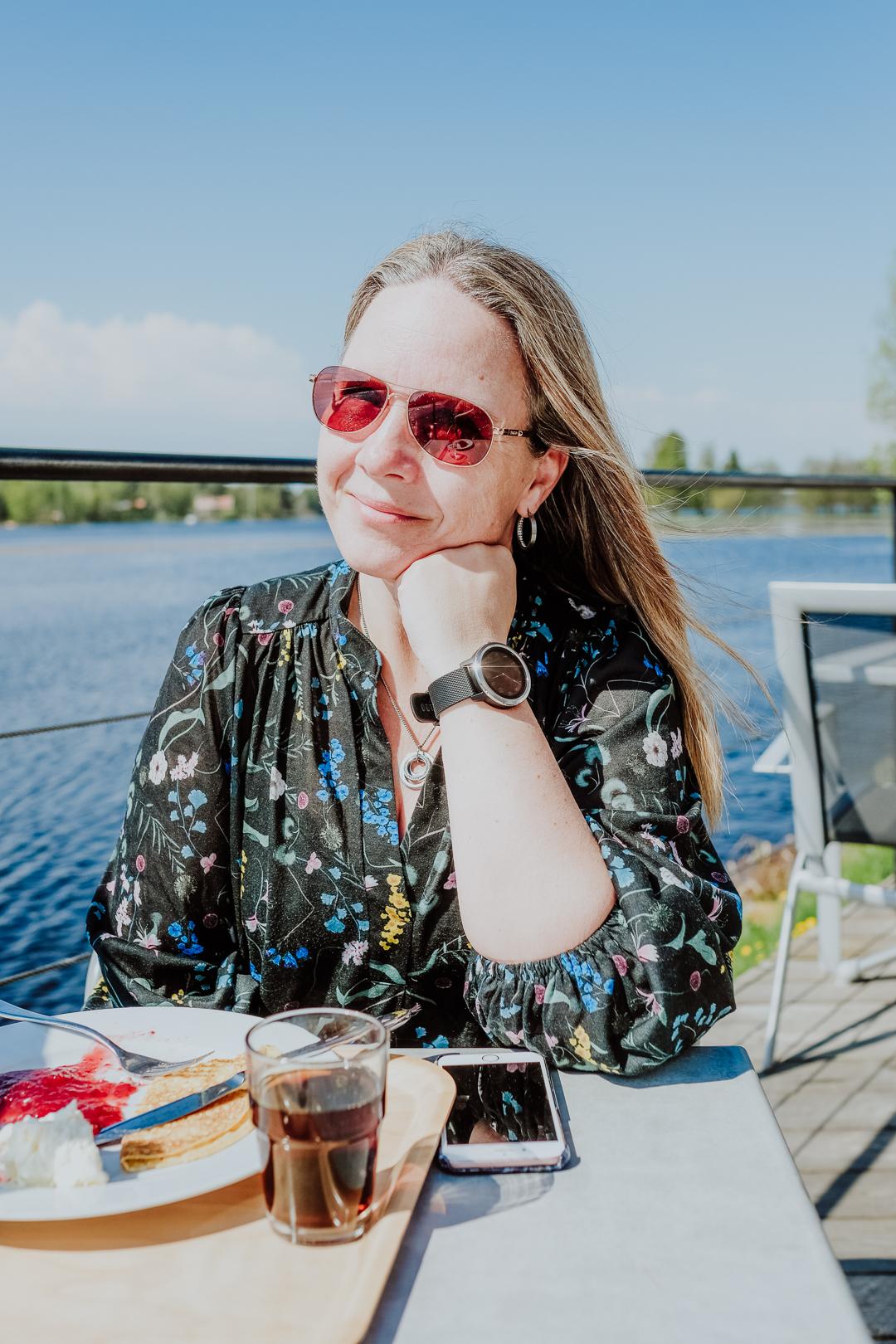 gysinge bruksmiljö och café udden före promenad vid ingbo källor : svenska resebloggar : kvinnliga äventyrare : nordic travelbloggers