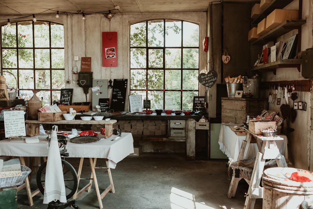 På Hjärtfabriken butik och gårdscafé i Bro utanför Visby : Svenska resebloggar : Nordic TB : Fujifilm Nordic