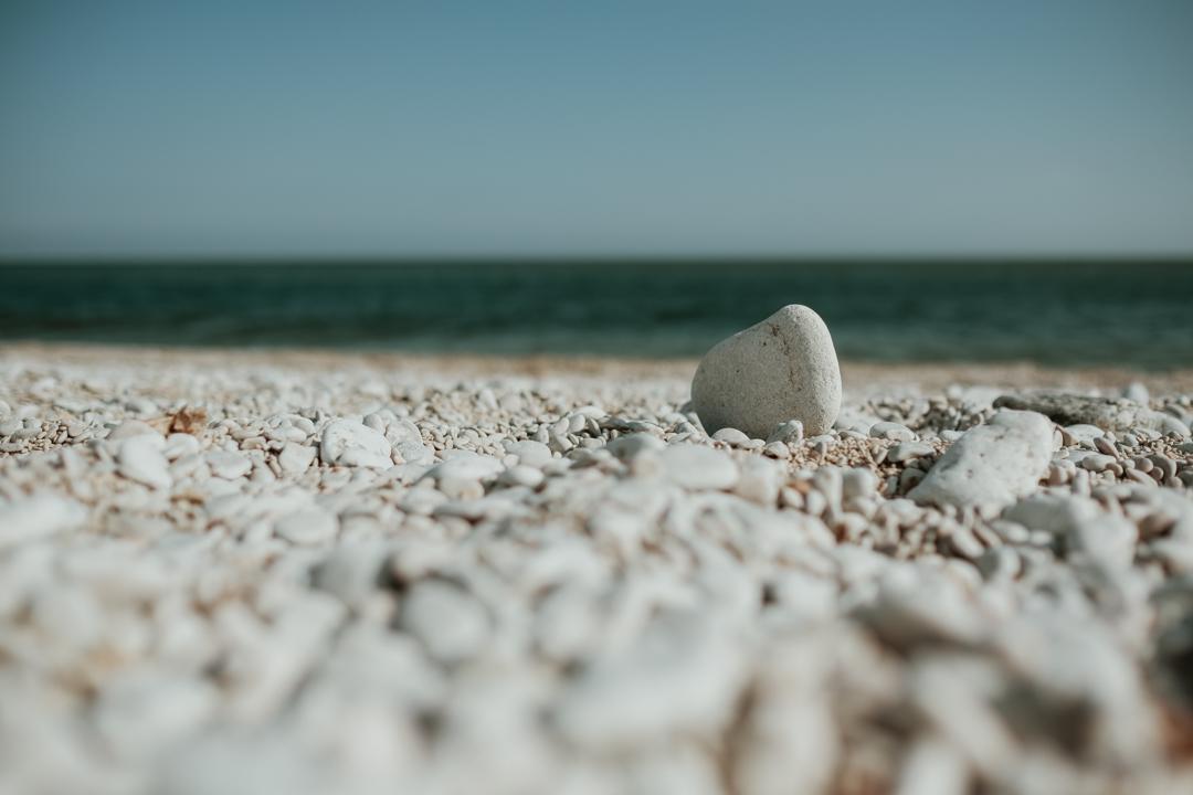 Kyllaj kalkbrott och stenstrand på Gotland : Svenska resebloggar : Nordic TB : Fujifilm Nordic : Tekopp till bergstopp